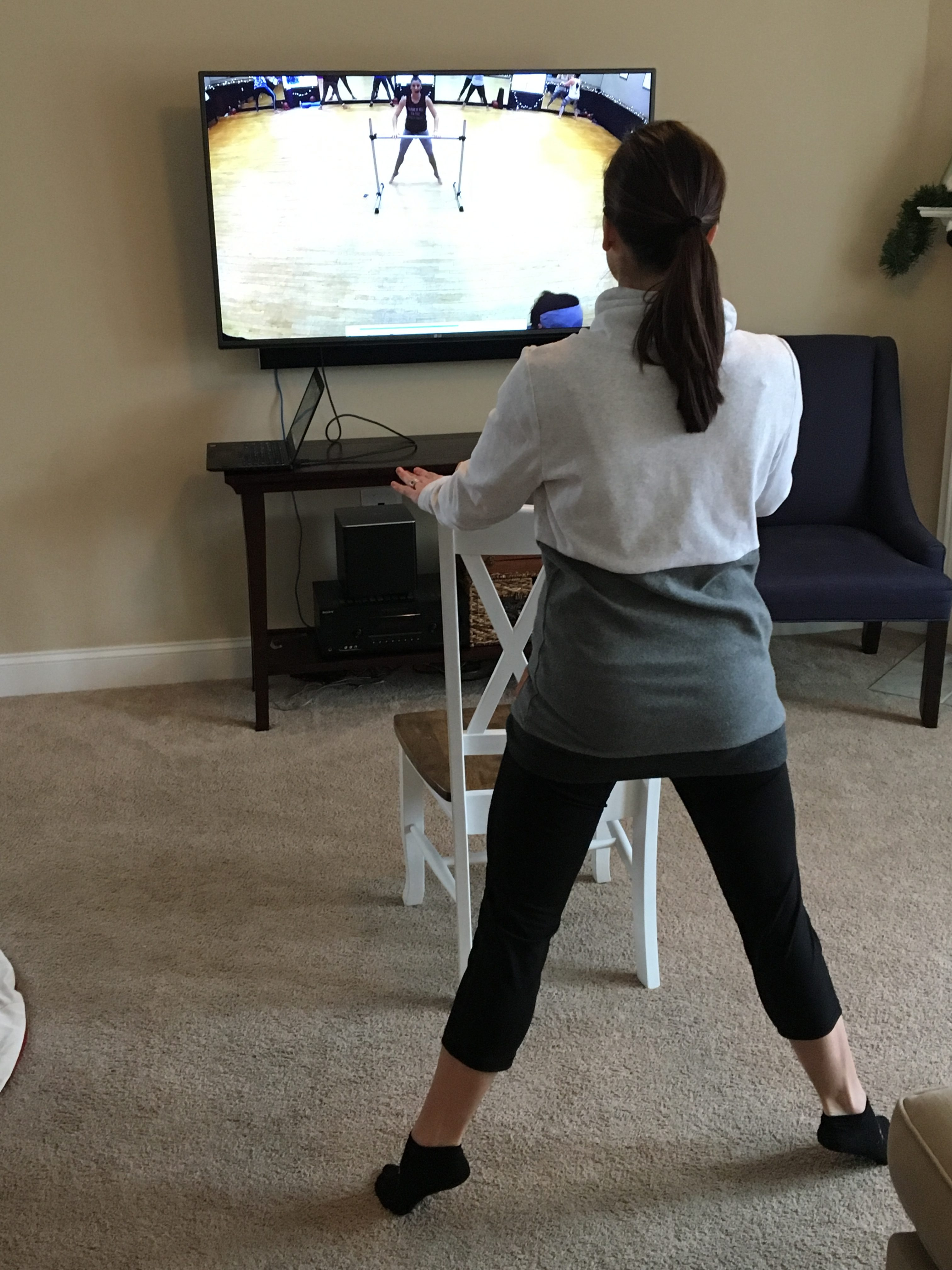 Side barre pose at home
